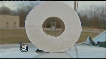 Roll of toilet Tissue